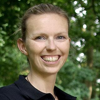 Zahnarztpraxis Rage-Holm | Dr. Julia Becker